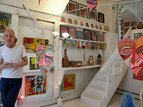 Outsider Art Gallery & Dion Hitchings