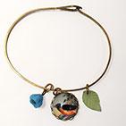 Robin with Greem Leaf Charm Bracelet
