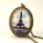 Eiffel Tower Deluxe Pendant Necklace